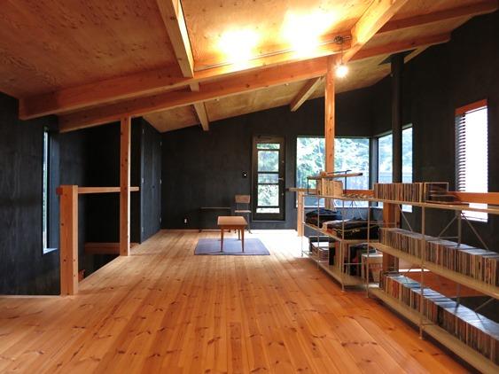 契約済 [中古建物] デザイナーズ住宅でのシンプルな田舎暮らしを実現しませんか?富士見町 烏帽子地区 20228詳細ページへ