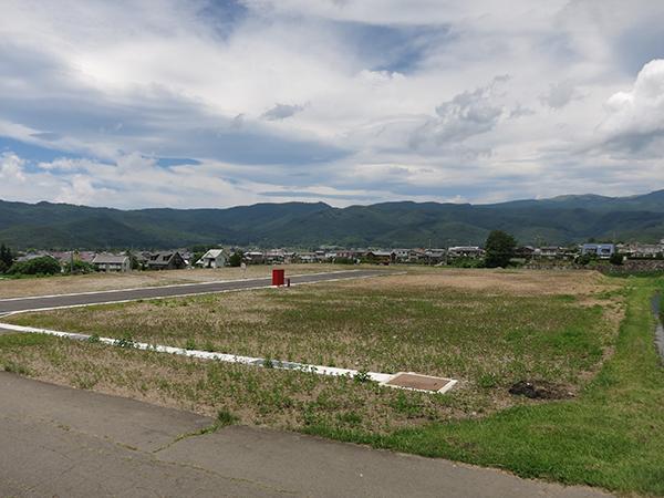 [土地] 長野県茅野市湖東 田園風景の中の分譲地6区画 13113詳細ページへ